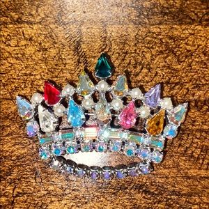 Colorful sparkly brooch pin crown